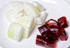 приготовление Тагбоккымтан (닭볶음탕)