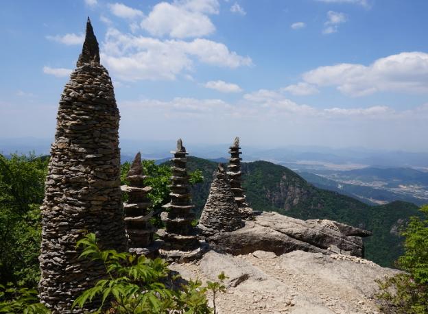 Гора Гымосан 금오산