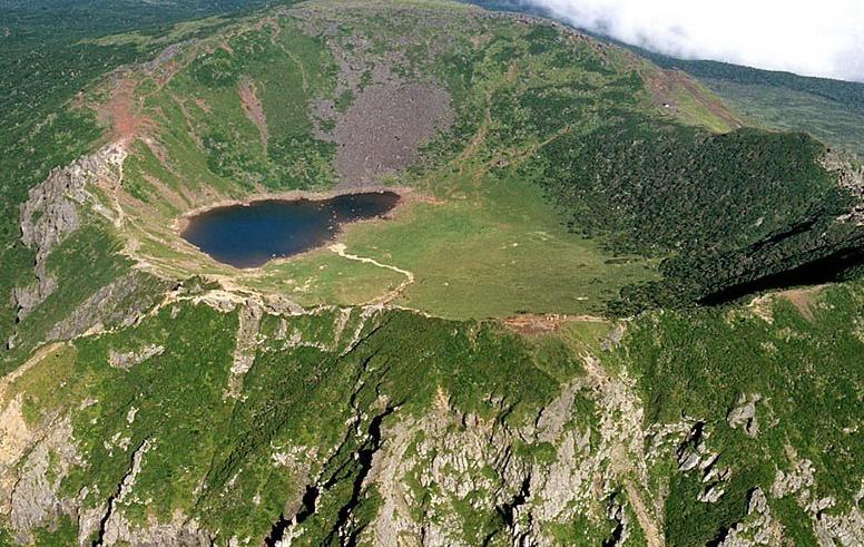 Озеро Пэнноктам 백록담
