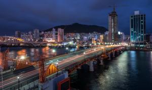 Мост Ёндо 영도대교