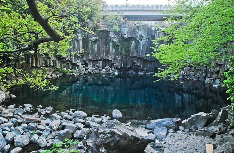 Водопад Чонджэён 천제연폭포