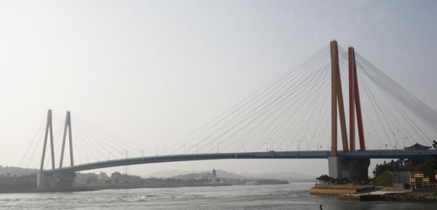 Мост Чиндо дэгё 진도대교