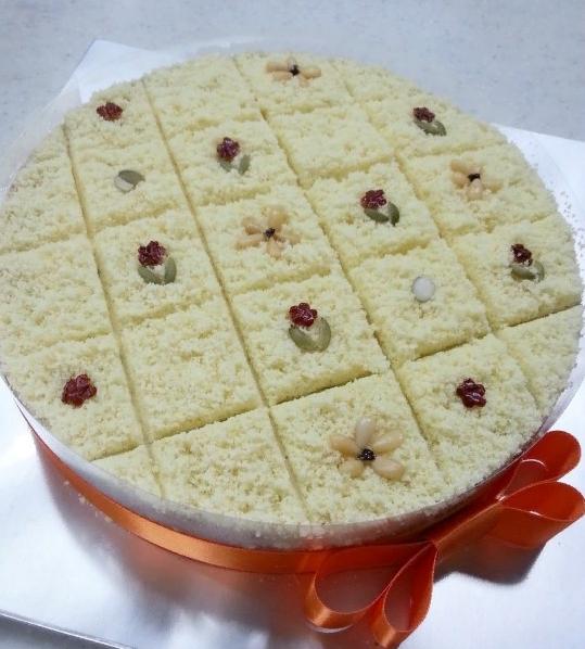 Готовят рисовый пирог 석탄병