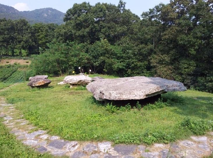 Канхвадо Дольмены 강화도 고인돌